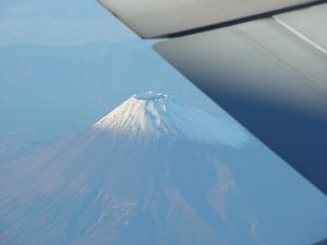 japan flight fuji